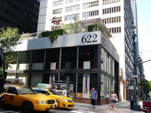 62-622-3av-plaza_