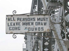 13-willis-drawbridge-sign_