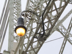 130-lamp_-scrollwork-big_