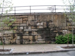 74-parkave-wall_