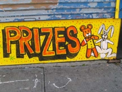 04-prizes-sign_