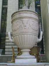 bryant-urn_
