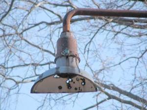 58-crescent-lamp_