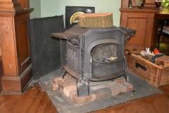 06.claypit.stove