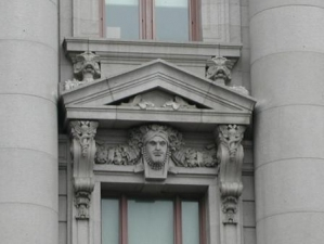 leocustomhouse3