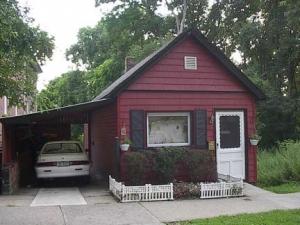 eric-235st-cottage