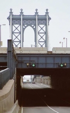 15-ts_-manhattan-bridge