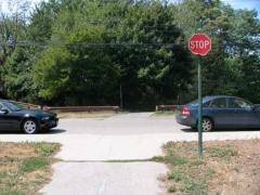 23-bikepath-stopsign