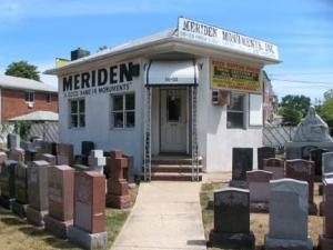 29-meriden-monuments