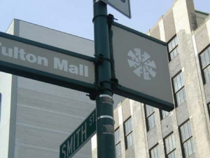 fultonmallsign