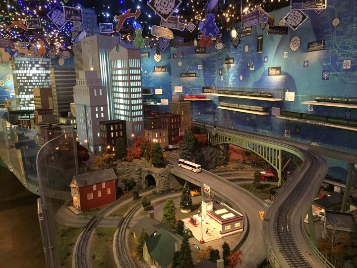 Train show at Grand Central