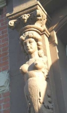 manhattancaryatid