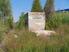 ship-gravestone