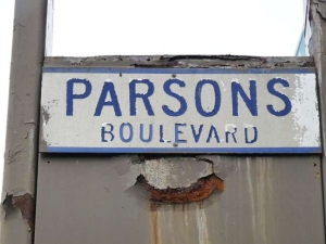 13-parsons-sign_