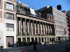 13-colonnade