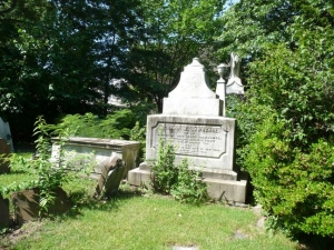 lawrence-cemetery2