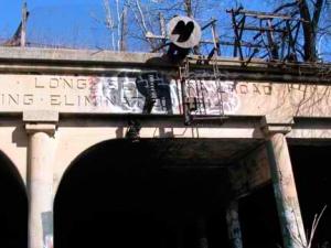 22-tunnel-entrance