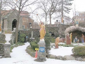 grotto1