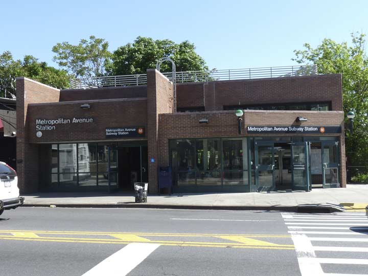 The MTA Subway Makes Its Only Stand In Middle Village Here On Met Ave Just East Of Mall M Train Has Seen Many Routes Several Decades