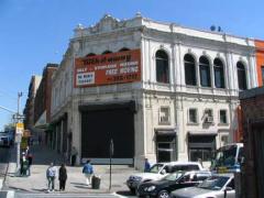 81-135-theater
