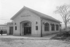 morris-park-station