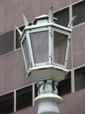 12-viaduct-lamp_