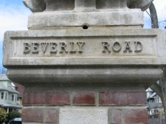 12a-beverly-sign_