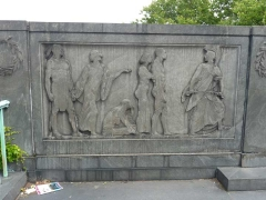 schurz-monument1