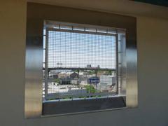 06-smith_-window