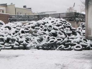 09-tires_