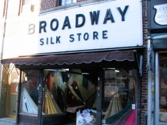 31-broadway-silk_