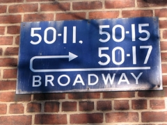 47-woodside-sign_