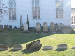 90-reformed-churchyard