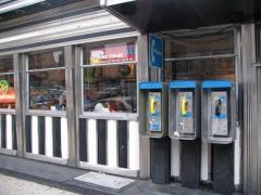 06-phones