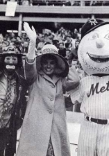 old-1965-mr_-met_-kelly_