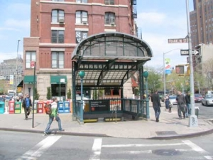 50-finnsq-subway