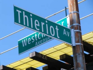 06-theriot-sign_