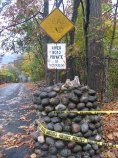 riverroadgatepost