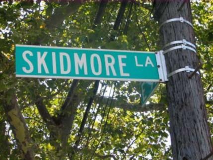 43.skidmore.la