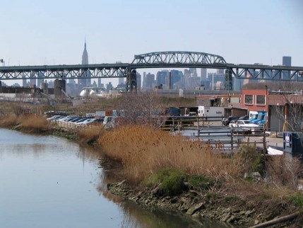 06.maspeth.creek.big