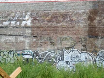 06.wall