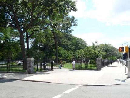 49.st.james.park