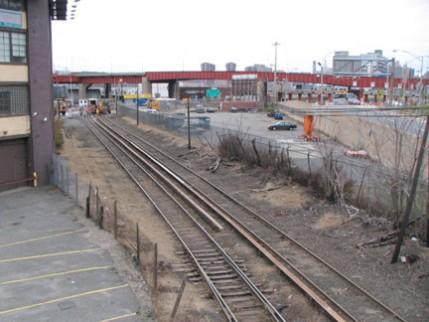 tracks.west