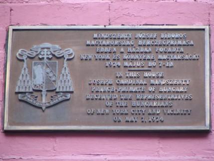 02.213.plaque