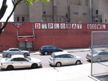 06.diplomatbowl
