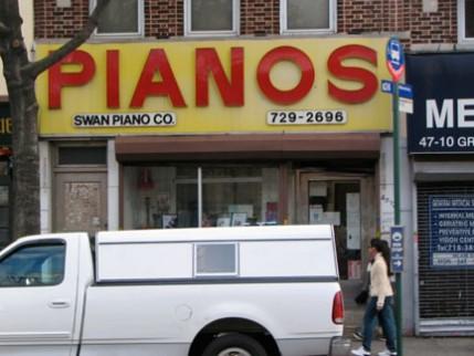 09.pianos