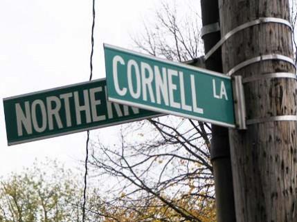 01.cornell.sign