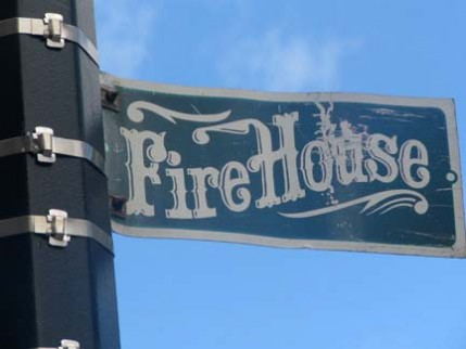 06.firehouse.sign