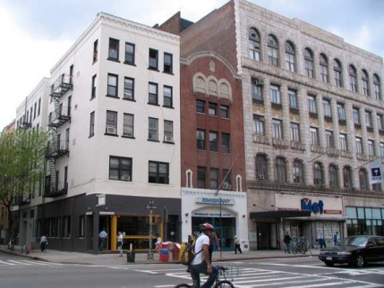 82.2av.east6.fillmore.east