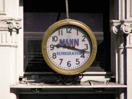 02.136.clock